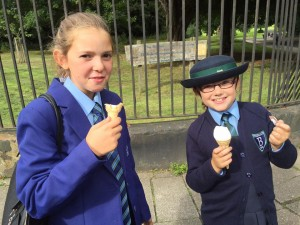 Sophia and Alessia with icecream