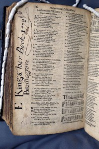 SCS 03550: The Whole Book of Psalmes (London, 1631) p. 84 with inscription by E. Kings, Bromsgrove