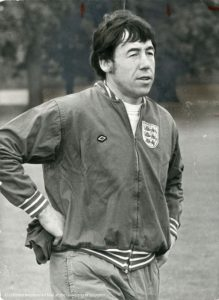 Black and white photograph of Gordon Banks on England duty in 1972 (Leicester Mercury Archive)