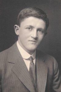 ULA/HIS/FOU/2, Memorial Portraits Book, Photograph of Garth Smithies Taylor